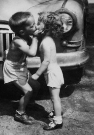 kiss little boy and girl
